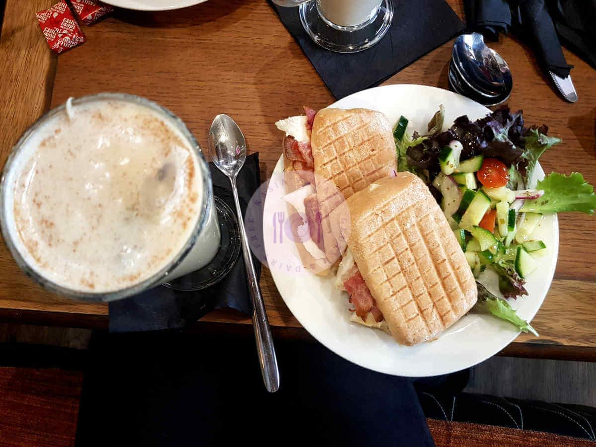 Read more about the article Forty Six Cafe