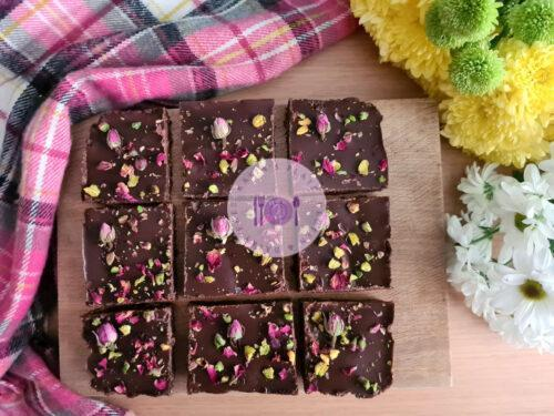 Read more about the article Raw Vegan Date Brownies