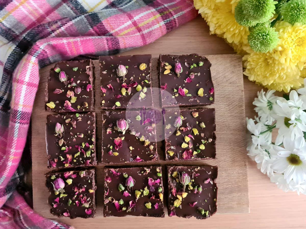 Raw Vegan Date Brownies