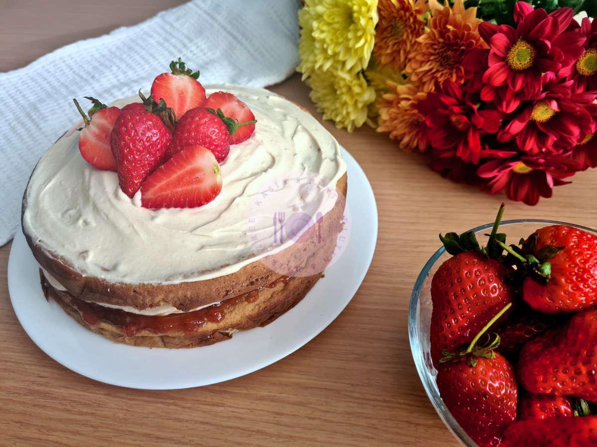 Strawberry  Protein Cake