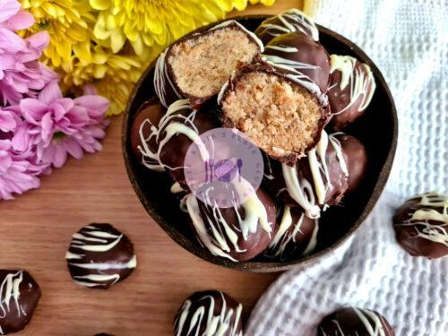 Read more about the article Vanilla Cake Truffles