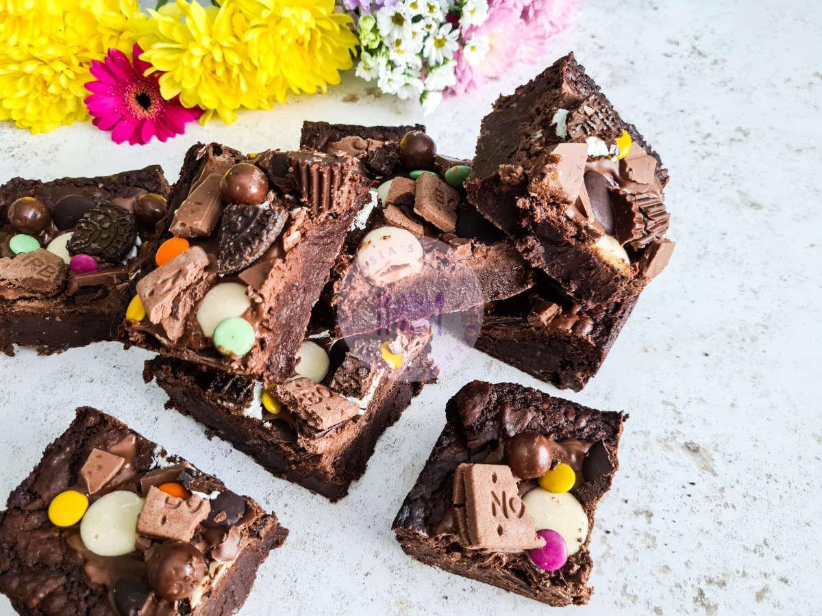 Loaded-vegan-brownie-layers