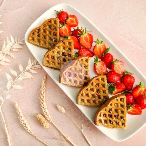 vanilla-oat-protein-waffles-aerial